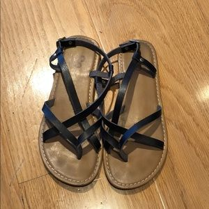 🤩SO• Black Strappy Sandals